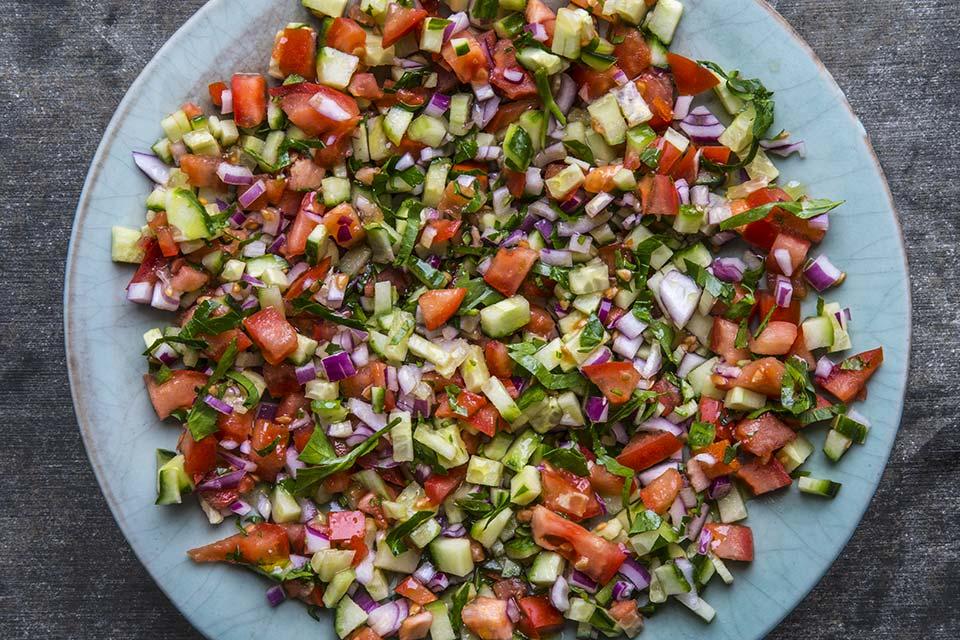 Klassisk Marokkansk Tomat Og Agurk Salat Aichas Mat