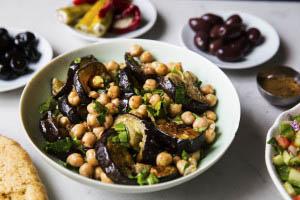marokkansk aubergin og kikerte salat 1