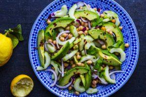avokodo-og-kikerter-salat-