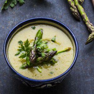 vegan-asparges-suppe-med-tahini-