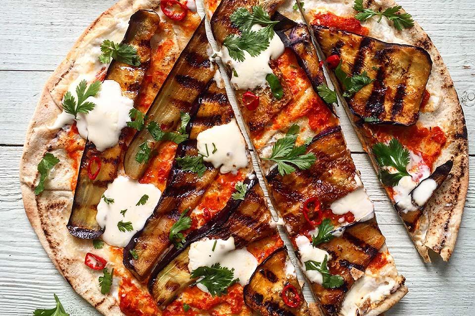 Arabisk Flatbr 248 D Pizza Med Harissa Aubergine Aichas Mat