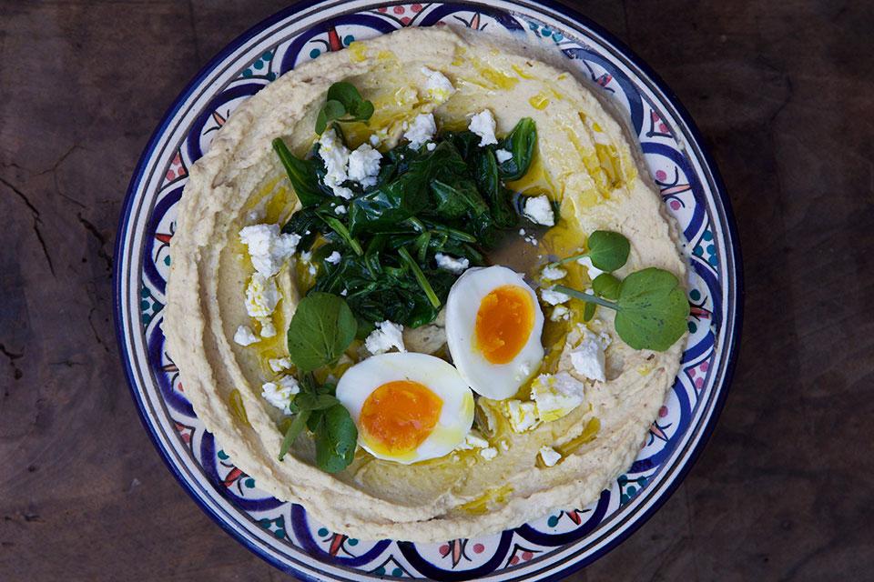 hummus-med-spinat-og-egg-